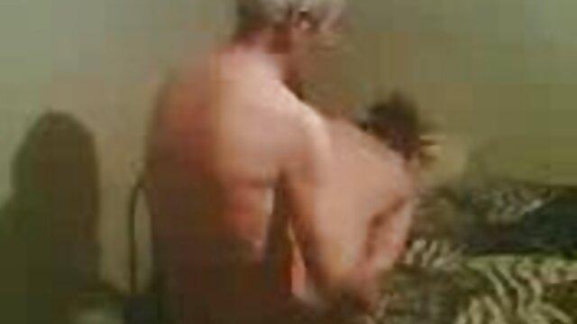 Meilleur porno sans inscription  Elle Rio dans site gratuit film x un trio vintage