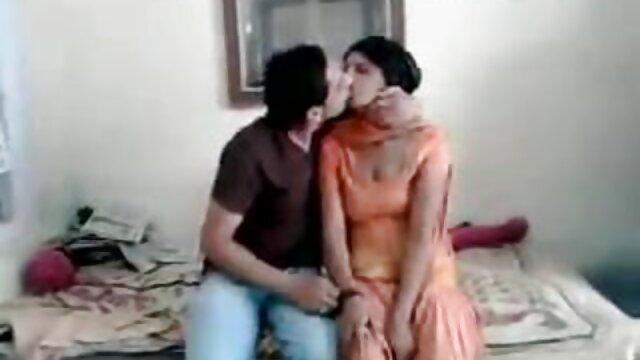 Meilleur porno sans inscription  Chubby British se fait cherche film porno baiser chez elle