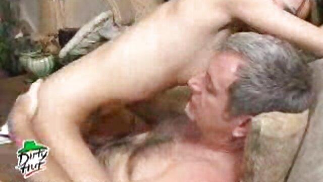 Meilleur porno sans inscription  Sophie porno mature francais gratuit Moone a les yeux bandés, la superbe lesbienne Brandy Smile