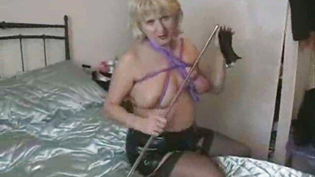 Meilleur porno sans inscription  Fucking Glasses film pour adultes gratuit - Baiser pour une faveur