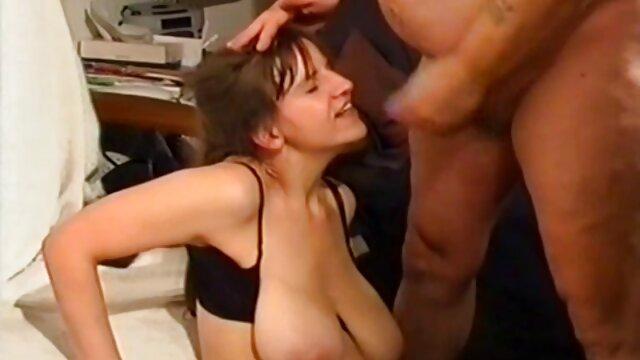 Meilleur porno sans inscription  Jenni Czech extrait film x amateur cuisses fortes